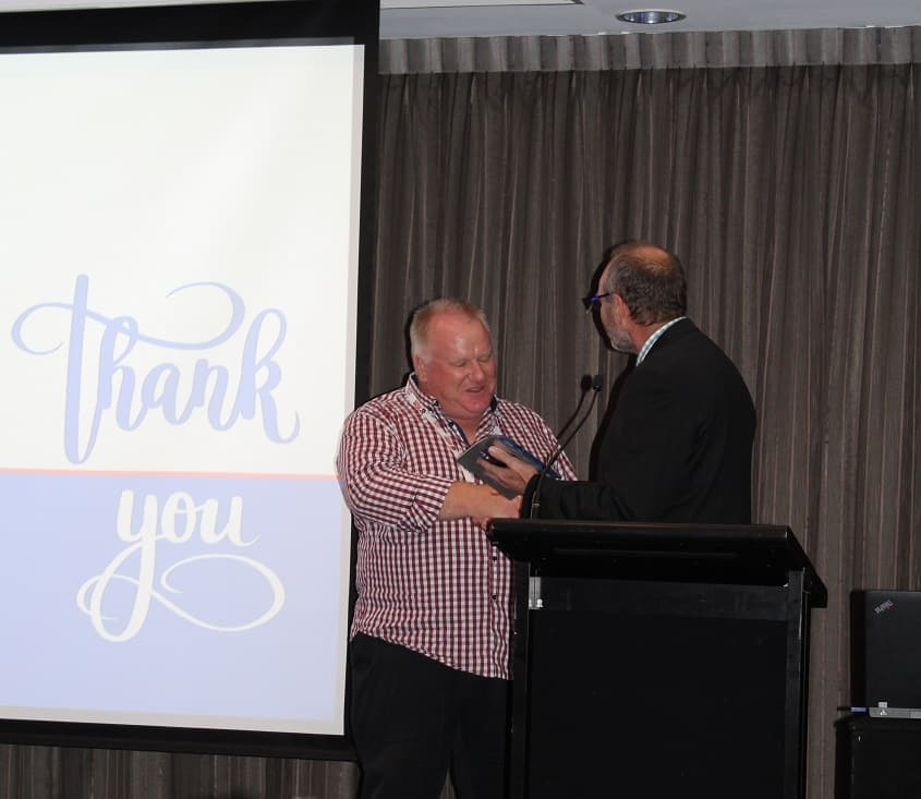 Ian Shapland receiving the ADIA President's Award