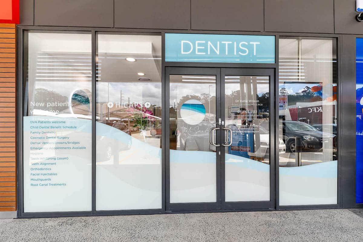 white_sands_dental_exterior